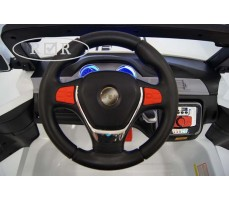 Фото руля электромобиля RiverToys BMW T005TT White