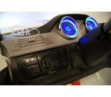 Фото приборной панели электромобиля RiverToys BMW T005TT White