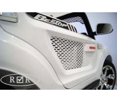 Фото закрытой двери электромобиля RiverToys BMW T005TT White