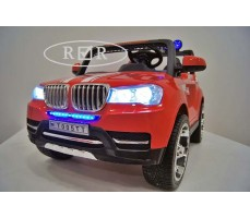 Фото электромобиля RiverToys BMW T005TT Red вид спереди
