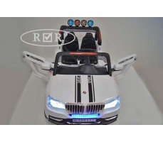 Фото электромобиля RiverToys BMW T005TT White вид сверху
