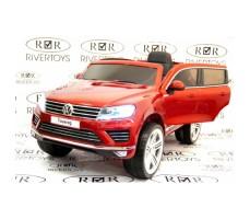 Фото электромобиля River Toys Volkswagen Touareg Red вид спереди