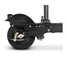 заднее колесо электросамоката Osota MiniMax Black в сложенном виде