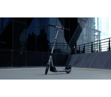 Razor E Prime на улице