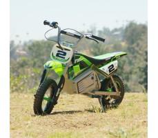 фото электробайка Razor SX350 Green на улице