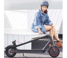 фото складной Электросамокат Xiaomi (mi) M365 Electric Scooter Pro