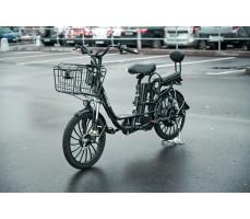 Электровелосипед WHITE SIBERIA CAMRY 1500W в городе