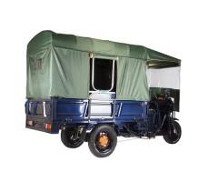 фото грузовой электрической тележки с тентом Green City D4 сзади