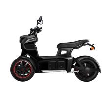 фото вид сбоку Электротрицикл xDevice Doohan iTank SK Black