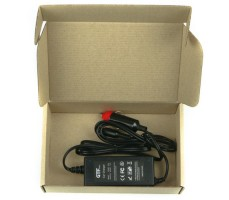 Фото автомобильно зарядного устройства GTF в коробке