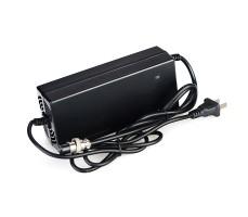 Зарядное устройство для гиросктутера