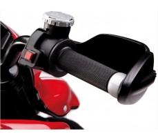 Фото ручки акселератора электромотоцикла Peg-Perego Ducati Hypermotard Red