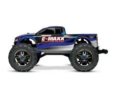 фото радиоуправляемой машины Traxxas E-Maxx 1/10 4WD Brushless TSM Blue and Silver сбоку