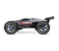фото радиоуправляемой модели машины Traxxas E-Revo 1/10 4WD Brushless TSM Silver сбоку