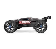 фото радиоуправляемой модели машины Traxxas E-Revo 1/10 4WD Brushed Black сбоку