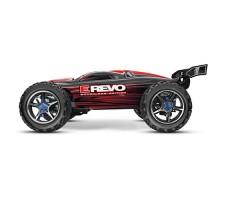 фото радиоуправляемой модели машины Traxxas E-Revo 1/10 4WD Brushed Red сбоку