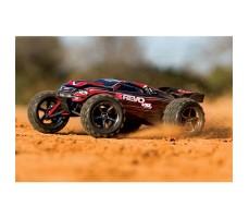фото радиоуправляемой модели машины Traxxas E-Revo 1/16 4WD VXL TSM Plus Red в движении