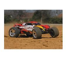 фото RC машины Traxxas Rustler 1/10 2WD Red в движении