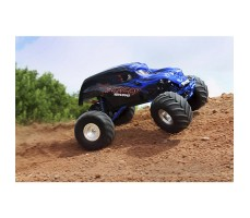 фото RC машины Traxxas Skully 1/10 2WD Blue в движении