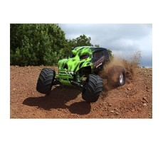 фото RC машины Traxxas Skully 1/10 2WD Green в движении