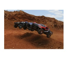 фото трёх RC машин Traxxas Slash 1/10 4WD VXL TSM OBA в движении