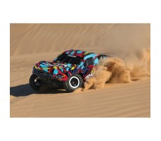фото RC машины Traxxas Slash 1/10 2WD Multicolor в движении