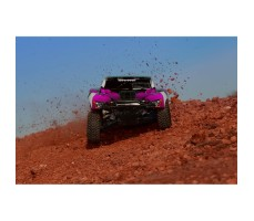 фото RC машины Traxxas Slash 1/10 2WD Pink в движении