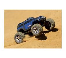 фото радиоуправляемой машины Traxxas Summit 1/16 4WD VXL TSM Plus Blue в движении
