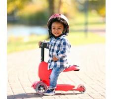 фото ребенка на детском самокате MINI MICRO MINI2GO DELUXE Red