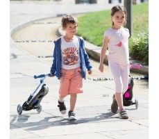 фото детей с самокатами Globber Elite S / SL Light Blue