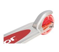 фото заднего колеса детского самоката Razor A Light Up Red