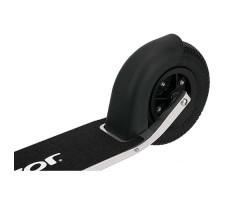 фото заднее колесо Самокат с надувными колёсами Razor A5 Air Silver
