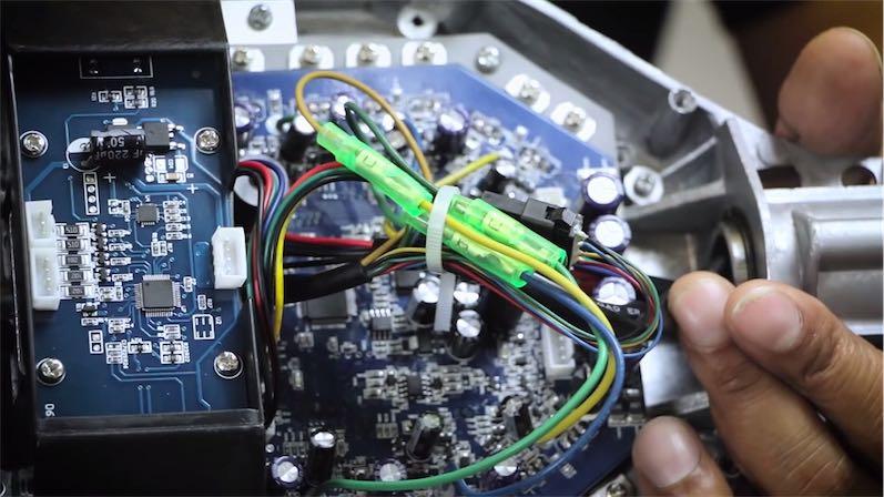 разобранный гироскутер