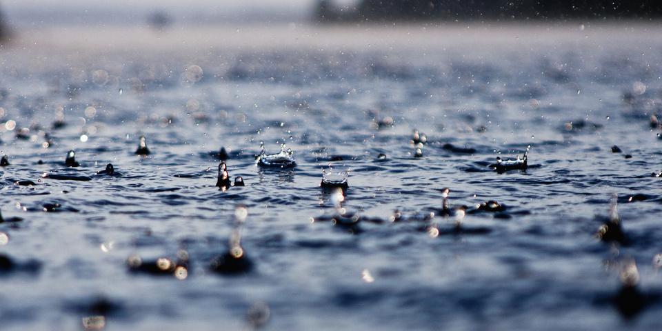 Можно ли ездить на электросамокате в дождь по лужам?