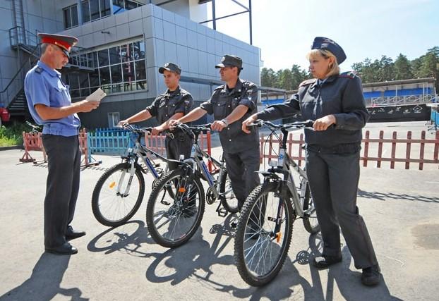 на велосипед нужны права