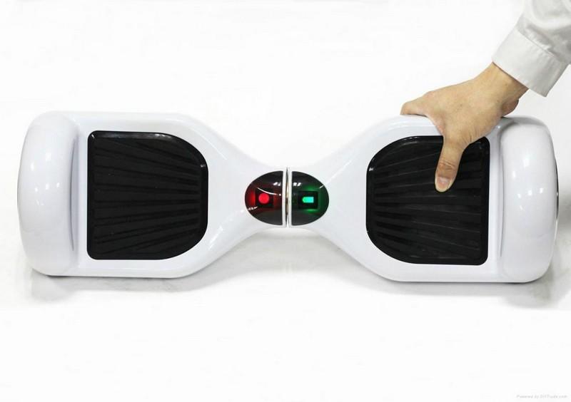 как перезагрузить гироскутер белого цвета smart balance