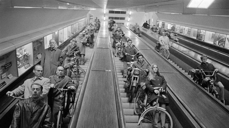 Правила провоза в метро разного транспорта