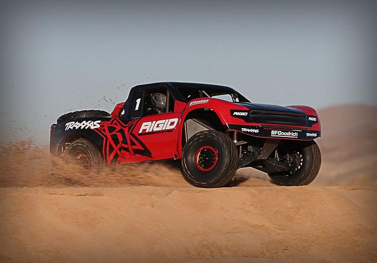 Unlimited Desert Racer в пустыне
